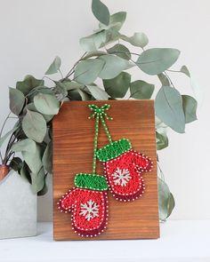 Modern Mitten string art Christmas wall decoration cute