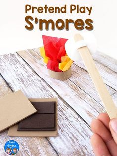 Easy smores sequencing activity - perfect for preschool or kindergarten camping theme literacy centers. #earlyliteracy #freeprintable #preschool #kindergarten via @booksandgiggles