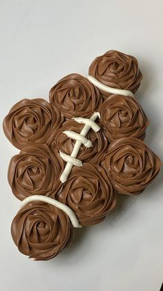 Pull Apart Cake, Pull Apart Cupcakes, Football Cupcake Cakes, Beautiful Birthday Cakes, Twins 1st Birthdays, Football Food, Goodies, Birthday Parties, Baking Ideas
