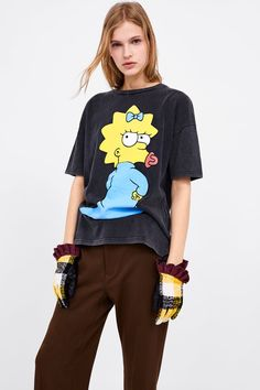Simpsons T Shirt, The Simpsons, Trendy Outfits For Teens, Expensive Dresses, T Shirts For Women, Clothes For Women, Cute Shirts, Custom Clothes, Shirt Style