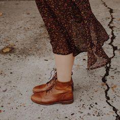 i love those boots Beverly Marsh, Home For Peculiar Children, Lily Evans, Estilo Boho, Devon, Style Inspiration, Female, My Style, Pretty