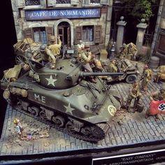 """Easy Company"" diorama. Unknown modeler #scalemodel #plastimodelismo #miniatura #miniature #maqueta #maquette #modelismo #modelism #modelisme #scalemodelkit #plasticmodel #plastimodelo #usinadoskits #udk #hobby #diorama #war #guerra #guerre #bataille #normandie #miniatur"