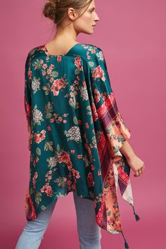 Discover unique kimonos & kaftans at Anthropologie, including the seasons newest arrivals. Kimono Floral, Silk Kimono, Kimono Top, Anthropologie, Long Kimono, Vintage Prints, Frocks, Style Me, Bell Sleeve Top