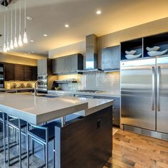New modern home. Eco Stone by Constentino countertops provided by Texas Counter Fitters. Kitchen And Bath Design, Kitchen Cabinet Design, Modern Kitchen Design, Kitchen Decor, Kitchen Ideas, Beautiful Kitchens, Cool Kitchens, Dream Kitchens, Engineered Stone Countertops