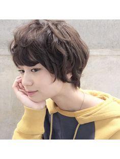 コクーン(Cocoon) ゼッペキ解消美シルエットショート 暗髪 ダークモカ 園田雄史