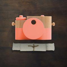 Poppy Pixie - Wooden Toy Camera