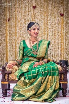 How To Be A Contemporary South Indian Bride! - Crystal Kein - How To Be A Contemporary South Indian Bride! How To Be A Contemporary South Indian Bride! South Indian Sarees, South Indian Bride, Indian Bridal Wear, Indian Wear, Indian Style, Saree Jewellery, Diamond Jewellery, Bollywood, Indian Wedding Photos