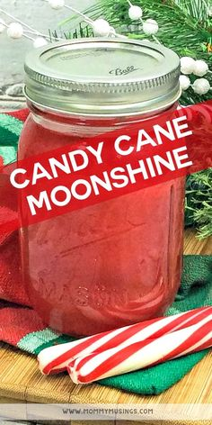 Candy Cane Moonshine Candy Cane Moonshine - Hosting a holiday party and want a festive alcoholic beverage? This homemade Candy Cane Moonshine recipe will do the trick! Alcohol Candy, Party Drinks Alcohol, Liquor Drinks, Alcohol Drink Recipes, Cocktail Drinks, Fun Drinks, Yummy Drinks, Alcoholic Drinks, Baileys Drinks