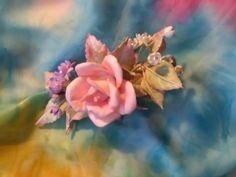 """Заколка-зажим с цветами из фоамирана """" Первый поцелуй"""" – купить в интернет-магазине на Ярмарке Мастеров с доставкой - EYDW5RU"""
