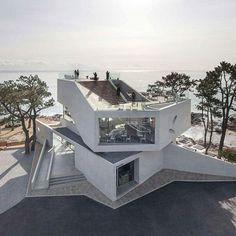 Heesoo Kwak + IDMM Architects' Gijang Waveon, a waterfront eatery in Busan, South Korea