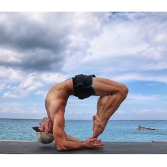 """""""Strength doesn't come from what you can do. It comes from overcoming the things you once thought you couldn't."""" What have you recently had breakthroughs in?  Please share.  by phelpshair https://instagram.com/p/1D1npjkacn/ Do you want to start yoga today??? Order Deft Yoga Dudes: Getting Started With Yoga: A Guide for Men to Get Off the Couch and Into a Better Life http://www.amazon.com/dp/B00TNO3HF4 Order everything yoga related from amazon.com: http://www.amazon.com/?tag=yogadudes-20"""