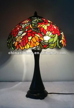 Vitral on pinterest pintura rose trees and stained glass for Lamparas de mesa tiffany