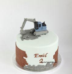 kaivurikakku 2nd Birthday Cake Boy, Truck Birthday Cakes, Cakes For Boys, Butter Dish, Dishes, Cooking, Mini, Desserts, Kuchen
