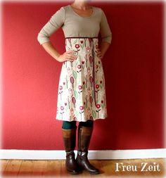 Crochet Patterns Women rejoicing: MMM - favorite dresses cut from the pink p. Farm Fashion, Mod Fashion, Dress With Bow, I Dress, Sewing Patterns, Crochet Patterns, Altering Clothes, Dress Cuts, Sewing Crafts
