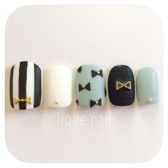 ハンドメイドマーケット+minne(ミンネ)|+【再販10】モノトーン×リボン⋈ネイルチップ Mint Nails, Blue Nails, Korean Nail Art, Japanese Nails, Cute Nail Art, Black And White Nail Art, Trendy Nails, Manicure And Pedicure, Nails Inspiration