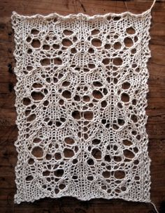 HIBERNATE: A FREE LACE KNITTING STITCH PATTERN