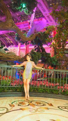 Lieblingsoutfit meiner Las Vegas Reise @bellagiohotel. Dress: Roberto Cavalli Roberto Cavalli, Lily Pulitzer, Las Vegas, Outdoor Decor, Outfits, Dresses, Fashion, Clothes, Vestidos
