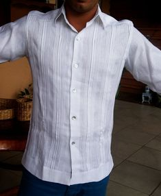 French cuff Irish Linen Guayaberas Tucks and pleats Mexican Fashion, Mexican Outfit, Mexican Shirts, Mexican Clothing, Plain White Shirt, Beach Wedding Attire, Tropical Fashion, Wedding Shirts, Slim Fit