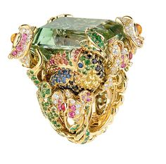 Dior - Dior Jewelry - Ideas of Dior Jewelry - Dior Toucan ring by Victoire de Castellane Now this is what I'm talking about . Dior Jewelry, Gems Jewelry, Gemstone Jewelry, Fashion Jewelry, Jewlery, Cartier Jewelry, Stylish Jewelry, Jewelry Box, Christian Dior