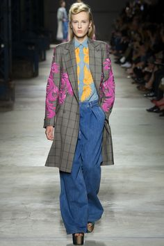 Dries Van Noten Spring 2016 Ready-to-Wear Fashion Show Collection: See the complete Dries Van Noten Spring 2016 Ready-to-Wear collection. Look 14