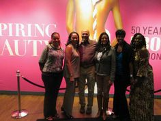Fashion Fair alumni stand at the Inspiring Beauty entrance. Pictured from left: Gayle King, Shayla Simpson, Vandell Cobb, Christina Clements, Paula Bond, and Almetris Snulligan. Photograph by Museum staff Behind The Scenes, Entrance, Bond, Chicago, Photograph, Take That, Museum, Culture, Models