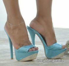 Blue platform mules and anklet