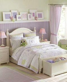 --cute shelf and love the purple