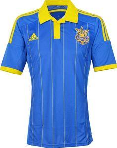 ウクライナ代表14/15シーズン用アウェイユニフォーム。