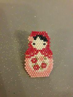 pin's poupée russe miyuki tissage brickstitch