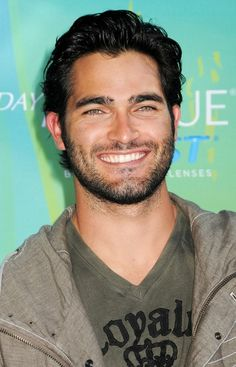 "Hottie Tyler Hoechlin; played in ""Road to Perdition"" (he was 14 yrs old!), the series ""Teen Wolf"", etc."