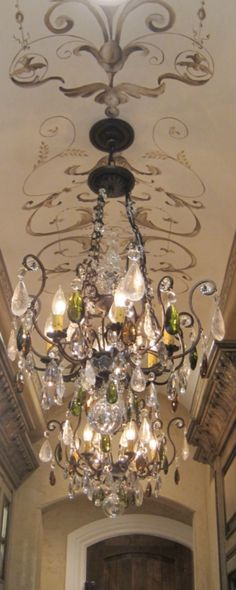 Great idea for the ceiling and the chandelier is beautiful! #LimitlessDesign #Contest
