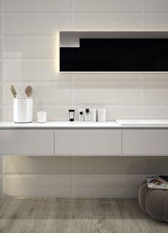 Neutral bathroom using wood tiles.