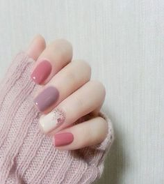 Nail art https://noahxnw.tumblr.com/post/160992551881/beautiful-silver-pendant-necklace