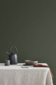 The new Jotun Lady Color Chart 2019 is here and comes in three fantastic new color palettes: Refined, Raw and Calm! Interior Wall Colors, Wall Paint Colors, Interior Walls, Best Interior, Interior Styling, Calming Paint Colors, Neutral Paint, Dark Interiors, Colorful Interiors