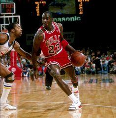 "Flashback // Michael Jordan in the Air Jordan III ""Fire Red"" | Sole Collector"