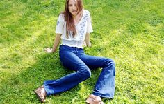 flare jeans+ embrodery blouse maxican style