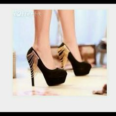 Black high heels beautiful i Will consider to trad Gorgeous black stiletto heels with gold chains mascotte  Shoes Heels