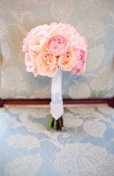 Bouquet Inspiration: Peach and pink wedding bouquet #flowers #peach #pink #bouquet  Photo by: Larissa Nicole Photography on Bridal Musings