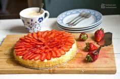 Erdbeertorte mit Puddingcreme - Madame Cuisine