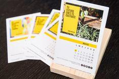 Un calendario corporativo diseñado para celebrar con nuestros clientes un año lleno de éxitos. Un calendario Corporativo diferente, una pieza de decoración.