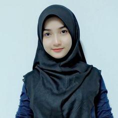 Muslim Girls, Muslim Women, Muslim Fashion, Hijab Fashion, Stylish Hijab, Hijab Wear, Muslim Beauty, Beautiful Hijab, Beautiful Women