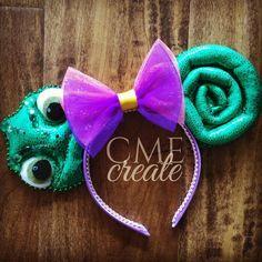 My favorite princess pet Pascal the chameleon by cme_create Disney Diy, Diy Disney Ears, Disney Bows, Disney Crafts, Disney Outfits, Disney Clothes, Disney Ears Headband, Disney Headbands, Ear Headbands