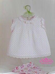 Una blusa o camisina sin mangas para tu bebé!. http://comodecuento.blogspot.com.es/2014/06/blusa-nina-sin-mangas-parte1.html?m=1