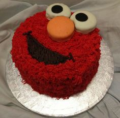 Red Velvet Elmo and strawberry Cookie Monster with Oreos birthday cakes :)