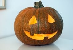 Halloween:Tips how to make a pumpkin lantern/Halloween-kurpitsalyhty