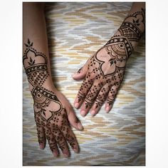 Natural henna design inspired by lace gloves, knight armor and my client's musings on love.