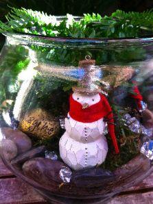 Christmas Terrarium, Mr. Snowman, Sister Bloom garden designs, Made-that.com