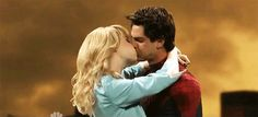 Andrew Garfield And Emma Stone Are Bad At Kissing  BEST SKIT EVER!!!!