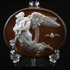 XLarge 14k Museum Quality Victorian Cameo Brooch of Nyx Goddess Night