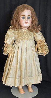 All-Antique-Original-21-034-Kestner-156-Beautiful-Blue-Eyes-and-Lovely-Silk-Dress